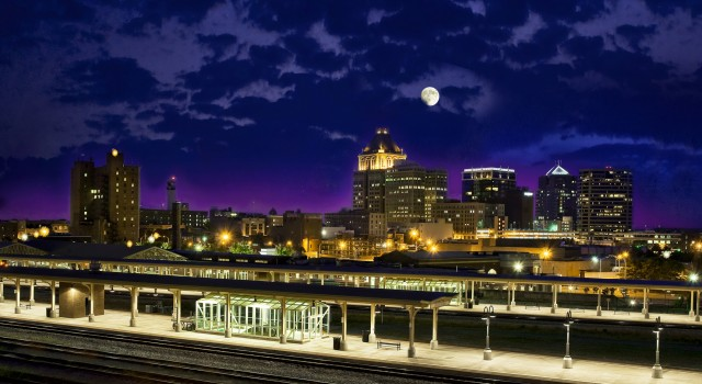 GreensboroNightSkyline2-small-Greensboro-Area-Convention-Visitors-Bureau