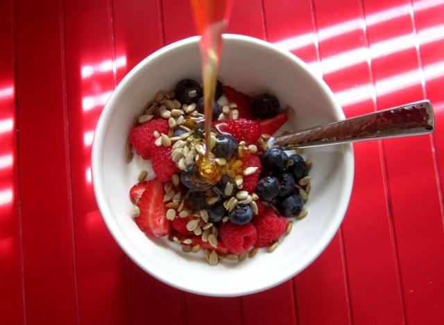 Berry & Honey Breakfast